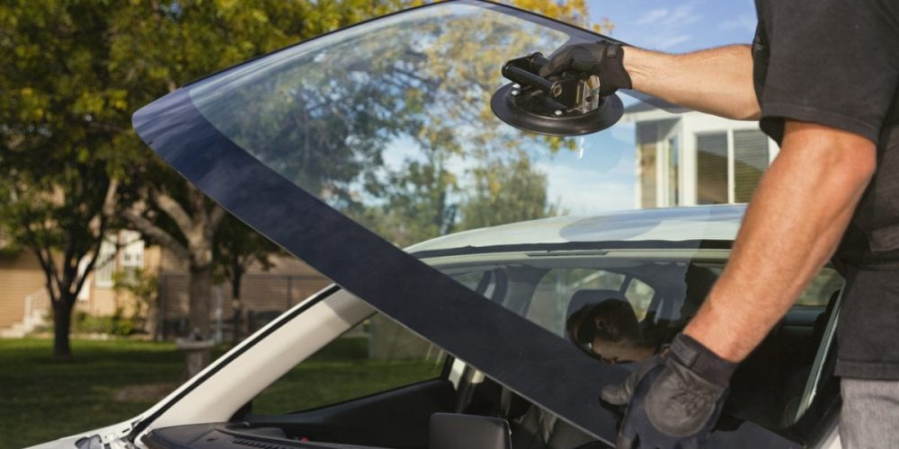 Consult the specialists by visiting an auto glass shop